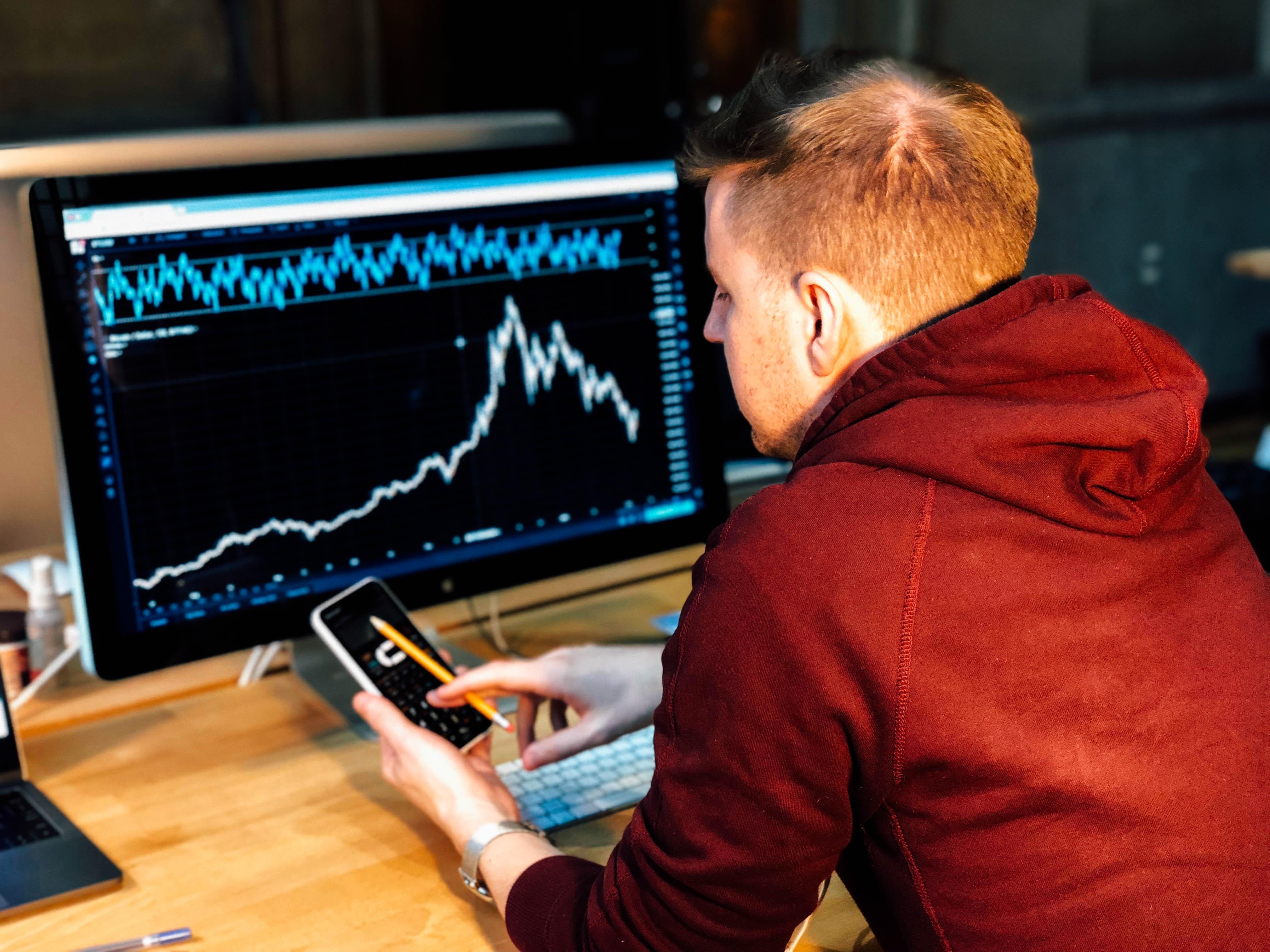 Image principale de l'article Comment investir intelligemment en ligne?