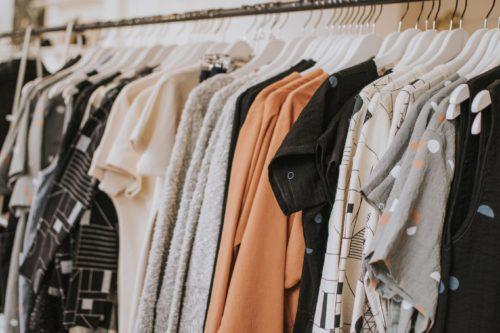 Image principale de l'article Quel est votre «budget vêtements»? Combien d'argent dépensez-vous?