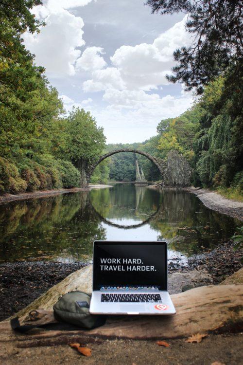 Image principale de l'article Travailler sur internet: voici les meilleurs emplois pour gagner de l'argent.