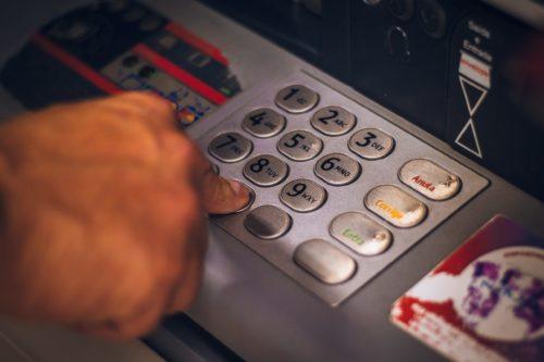Image principale de l'article Livrets d'épargne et banques en ligne : bon mix ?