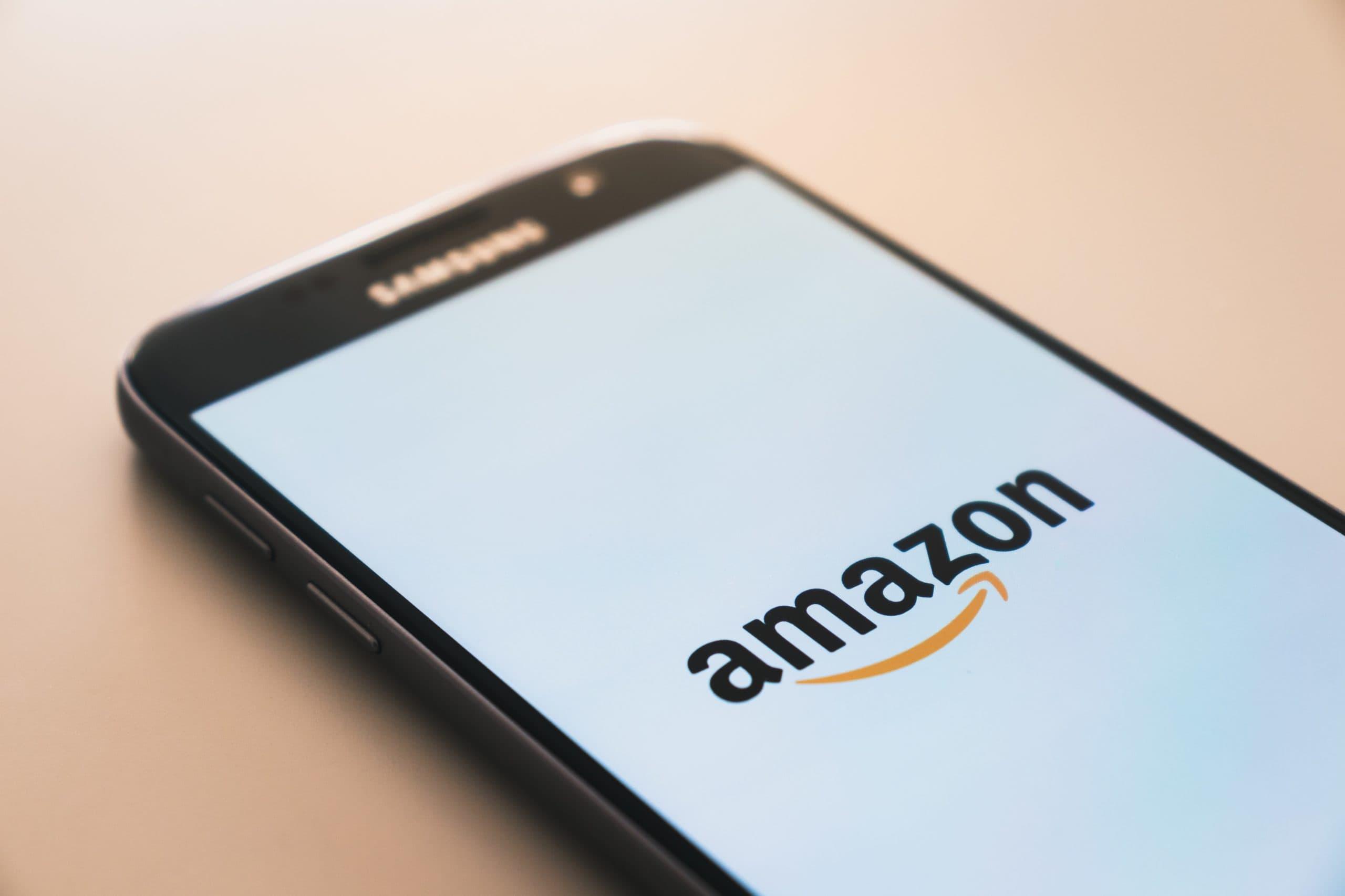 Image principale de l'article Gagner de l'argent avec Amazon: 8 super méthodes pour faire de l'argent