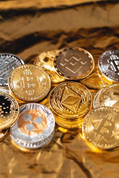Image principale de l'article Devriez-vous investir dans les cryptomonnaies ?